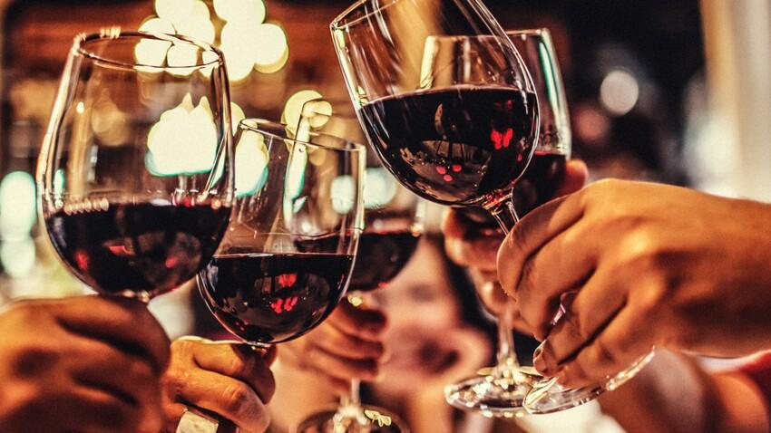 Cancer : un verre d'alcool augmente déjà le risque : Femme