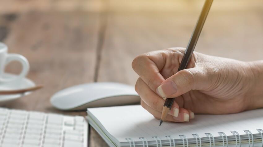 Ecrire à la main, le meilleur moyen de stimuler le cerveau