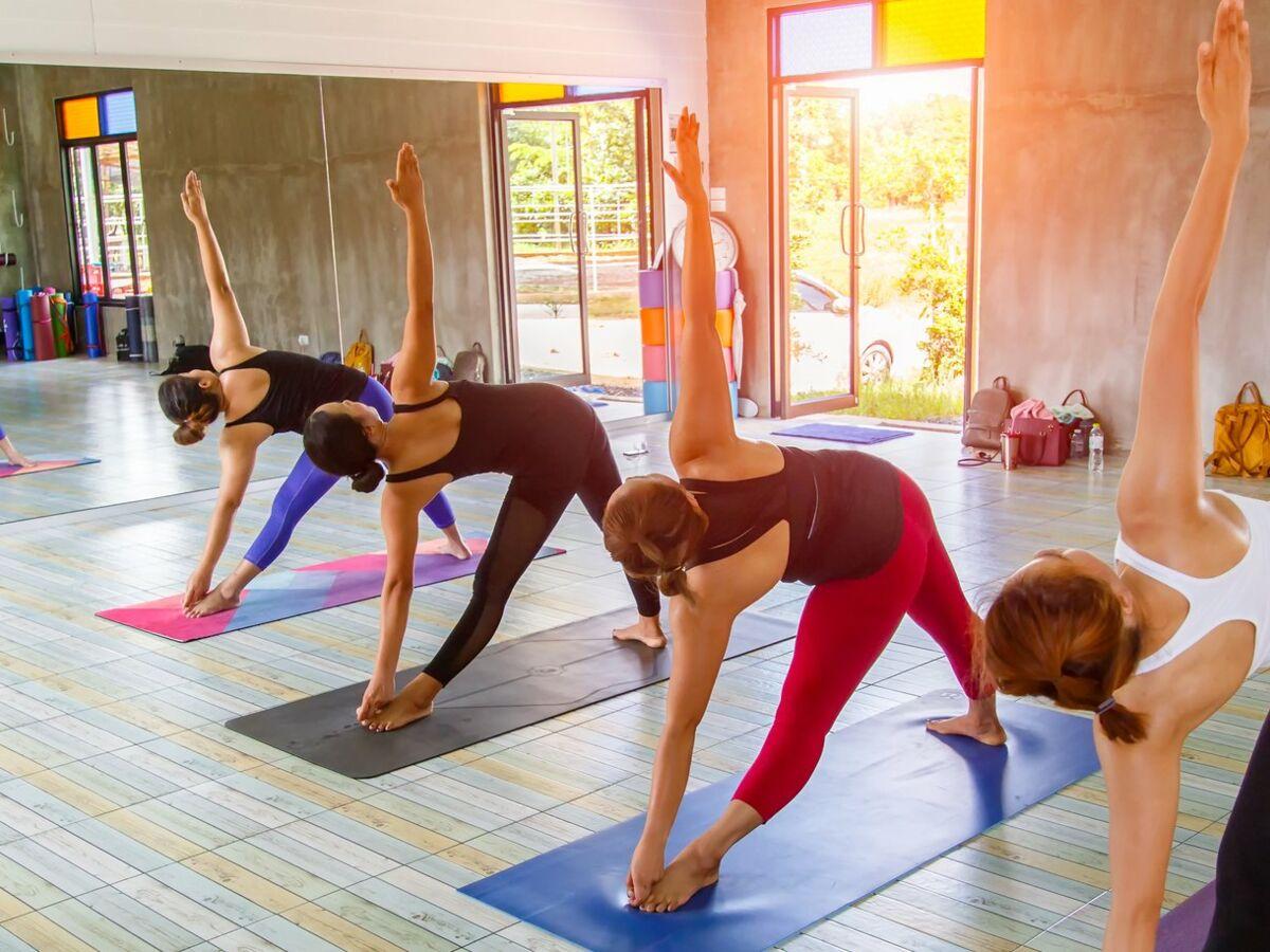 Aménager Une Salle De Yoga yogamania : à quel zen se vouer ? : femme actuelle le mag
