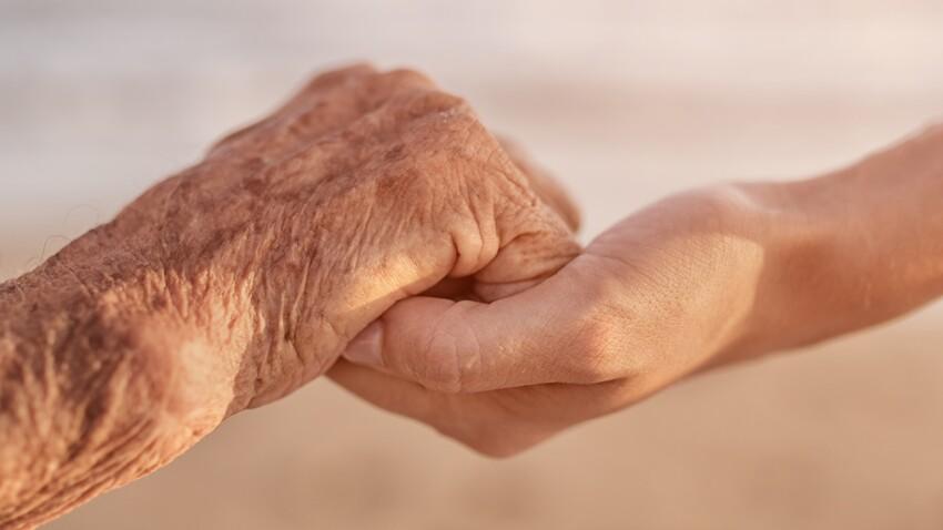 Parents âgés : demander une mesure de protection