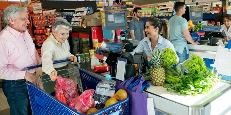 Des caisses « seniors » dans les supermarchés, bonne idée ?