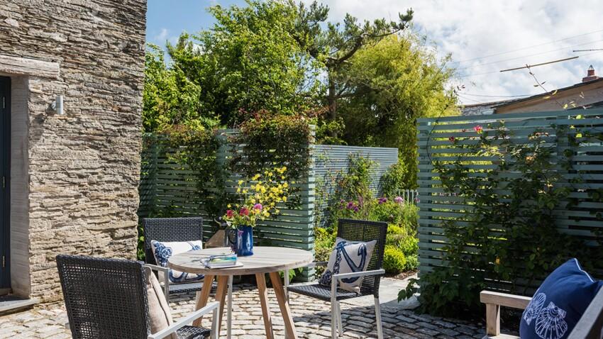 Jardin ou terrasse en ville: pour vivre heureux, vivons cachés