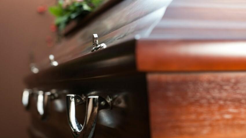 Transférer le cercueil d'un proche dans un autre département, c'est possible ?