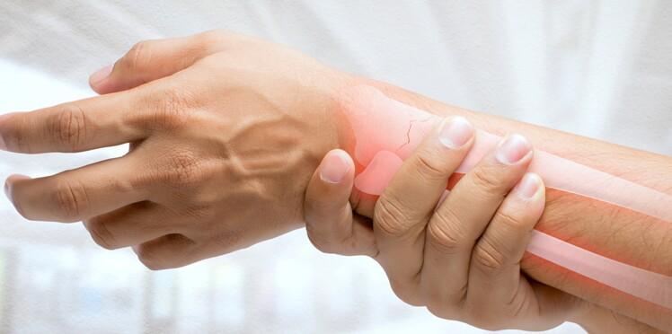 Ostéoporose : traiter plus tôt pour éviter les fractures ?