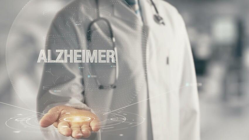 Alzheimer : un médicament pour freiner son développement ?