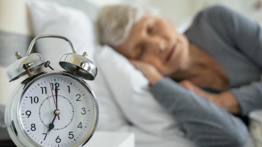 Dort-on moins bien en vieillissant ?