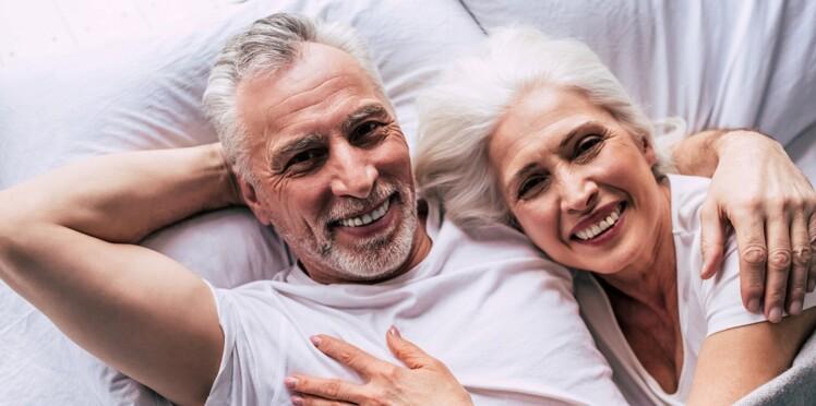 Orgasme : les hommes aussi font semblant !
