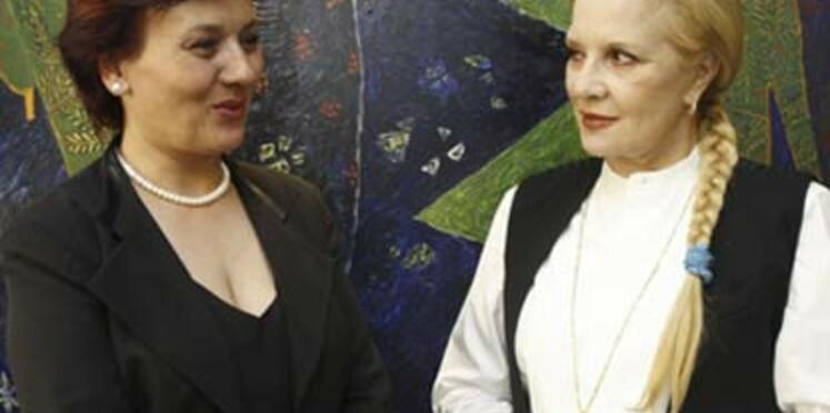 """Sylvie Vartan : """"Je suis très émue"""""""