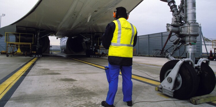 A Roissy, elle peut clouer un avion au sol