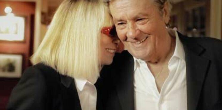"""Mireille Darc et Alain Delon soutiennent """"+ de vie"""""""