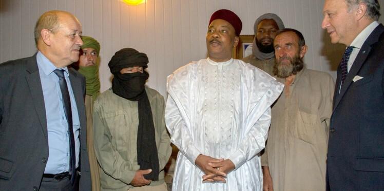 En direct, l'arrivée des ex-otages en France