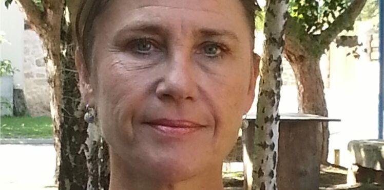 """Françoise Ellien, psycho-oncologue : """"Certaines femmes ne veulent pas que leur mari les accompagne"""""""