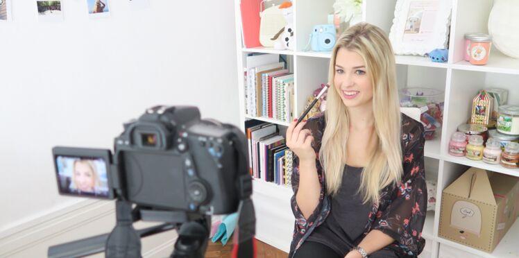 Marie, alias Enjoy Phoenix, une gamine harcelée devenue star de Youtube