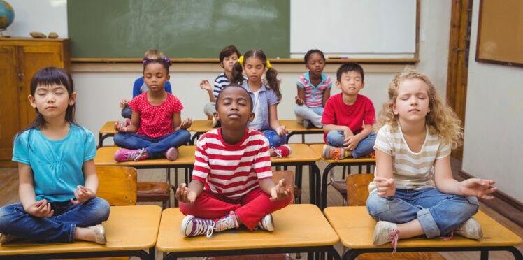 Aux Pays-Bas, les élèves méditent en classe et ça les calme!