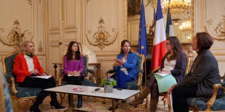 Ségolène Royal en vidéo interrogée par les lectrices de femme actuelle sur la Cop 21