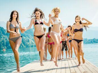 Les Françaises complexées à la plage? Sondage exclusif femme actuelle