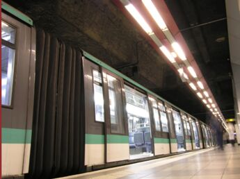 Transports : les Français y passent près d'une heure par jour