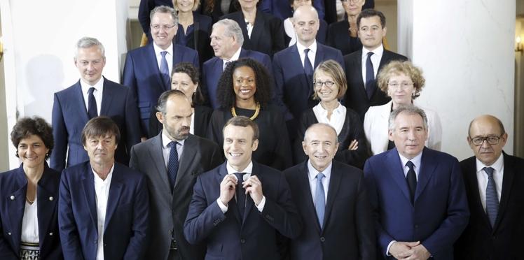 La réponse d'Emmanuel Macron à la pétition des journalistes (déjà) en colère contre lui