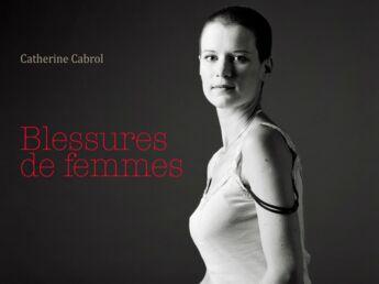 Blessures de femmes : les témoignages poignants lus à la Comédie Française