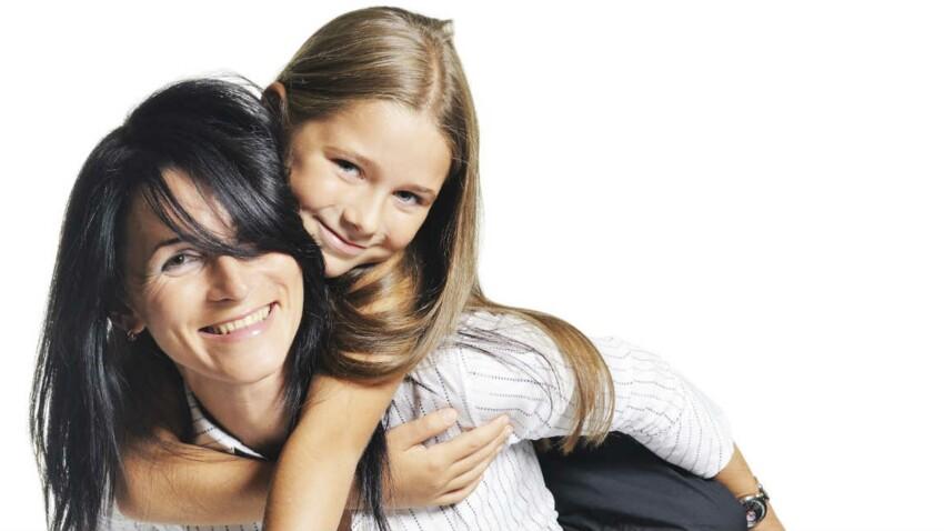 Des aides financières pour les mamans solo