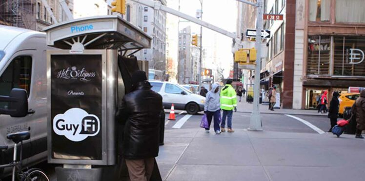 Scandale à New York: une cabine de masturbation en pleine rue!