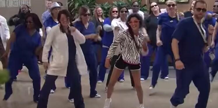 Cette ado guérie du cancer reçoit une belle surprise de la part du personnel hospitalier