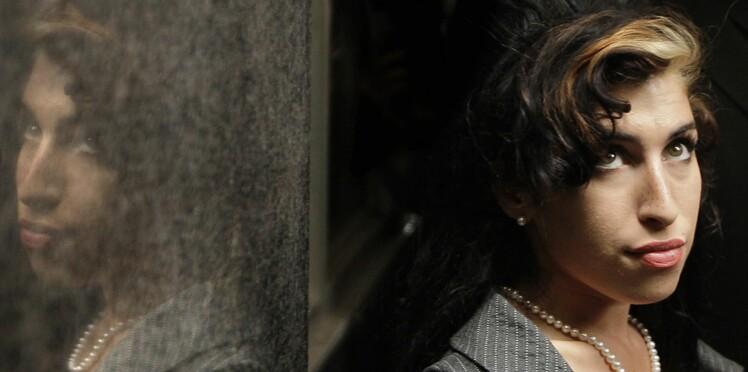 Amy Winehouse: son père fait de nouvelles révélations troublantes