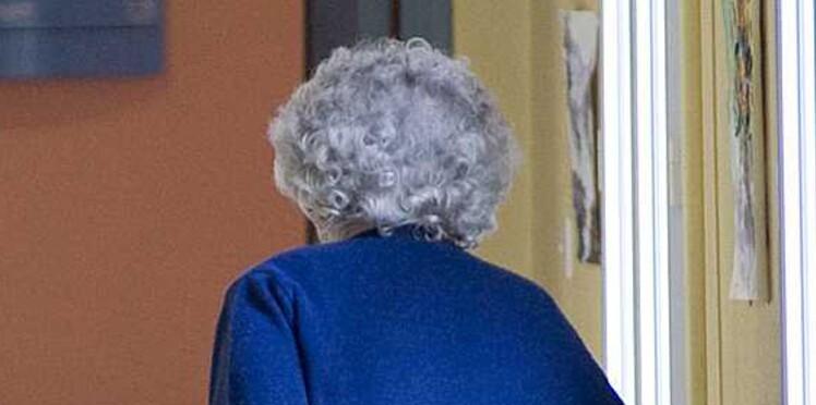 Après 85 ans, les femmes seraient plus heureuses… une fois veuves