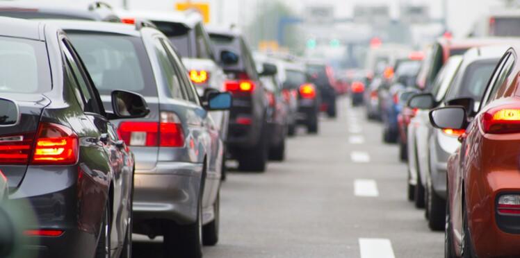 Autoroute, supermarché… Pourquoi est-on toujours dans la file qui n'avance pas ?