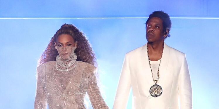 Photos - Beyoncé et Jay-Z : le couple pose totalement nu au lit