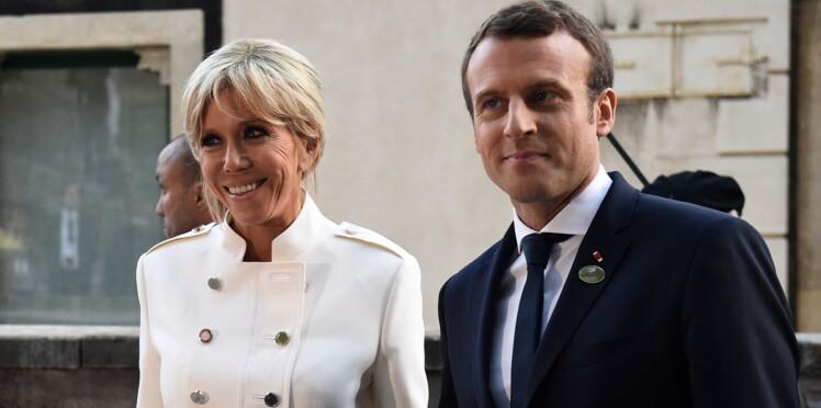 Brigitte Macron fait mouche en jupe tailleur blanche au G7