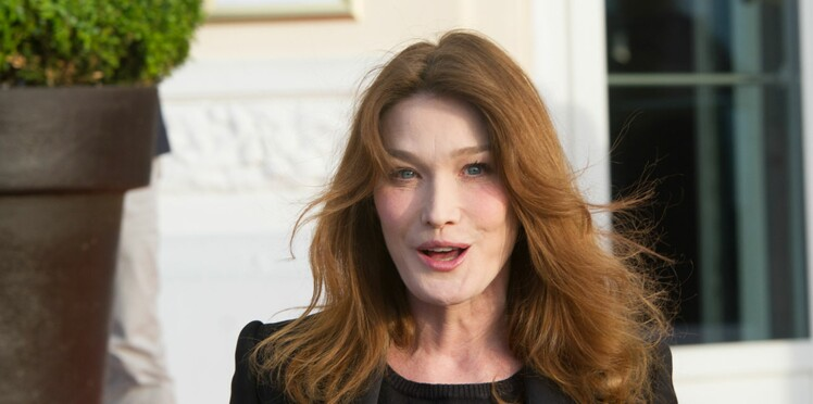 Carla Bruni: sa technique pour tromper les paparazzis l'été