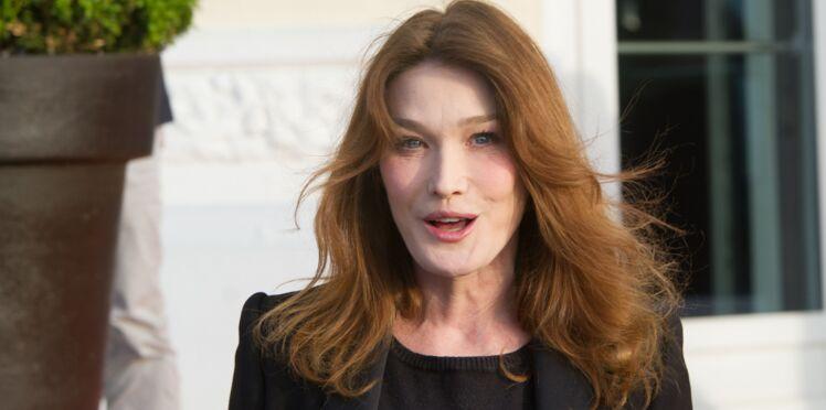 Critique avec elle-même, pas tendre avec Nicolas Sarkozy... Carla Bruni se lâche
