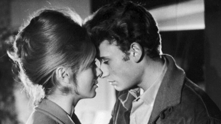 """Johnny Hallyday : Catherine Deneuve avait """"un peu plus que de l'affection"""" pour le chanteur"""