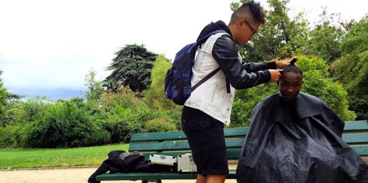 Ce coiffeur offre ses services gratuitement aux SDF