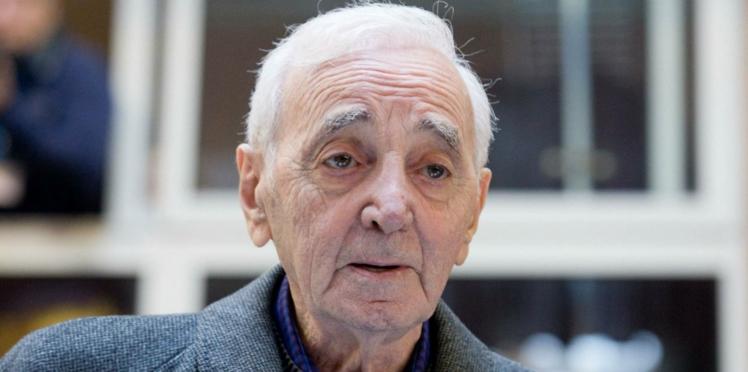 Charles Aznavour : ses émouvantes confidences sur la mort de Johnny Hallyday