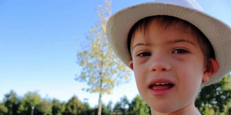 Son fils, atteint de trisomie, privé d'aide à l'école: une mère partage sa colère sur facebook