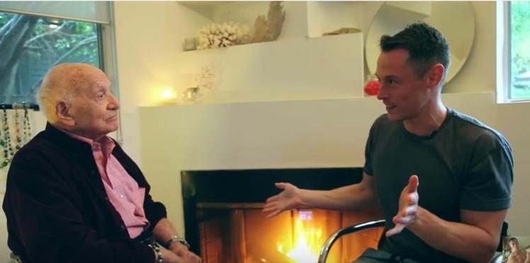 A 95 ans, cet Américain décide de faire son coming-out sur Youtube