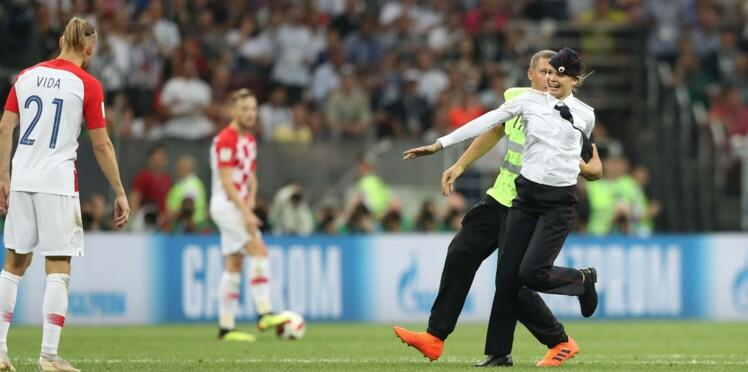 Coupe du monde: qui sont les femmes qui ont envahi le terrain pendant la finale?