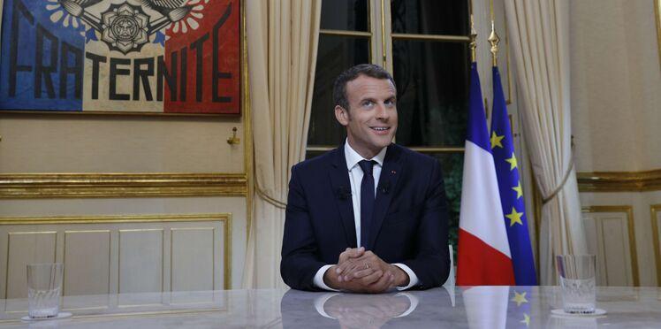 """""""Croquignolesque"""", """"truchement"""",  """"galimatias"""" et autres expressions désuètes d'Emmanuel Macron : ça veut dire quoi ?"""