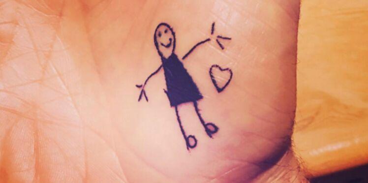 Photos : David Beckham se fait tatouer des dessins de ses enfants