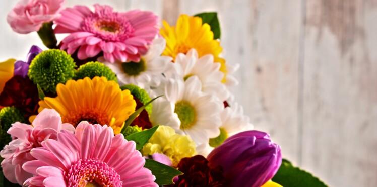 Décédé en 2012, un père fait livrer des fleurs à sa fille pour ses anniversaires