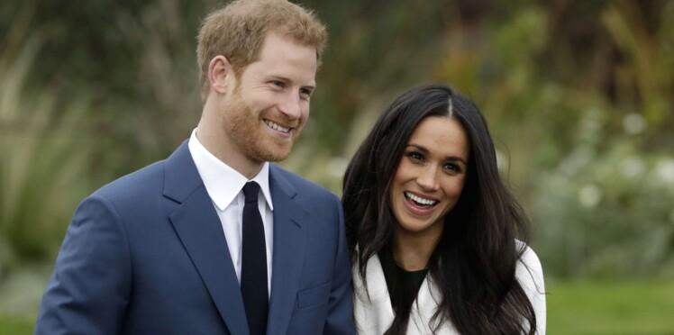 Photos - Prince Harry et Meghan Markle, très souriants, posent pour la dernière fois avant le mariage