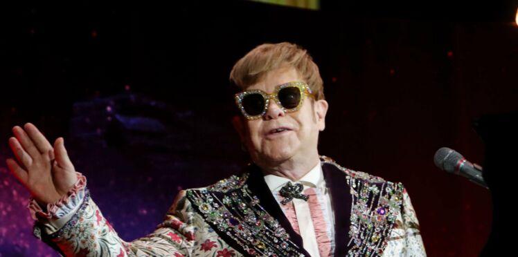 Elton John insulte un fan et quitte la scène au milieu de son concert