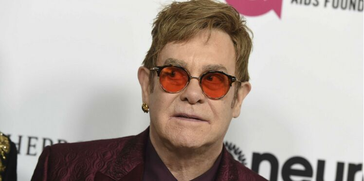 Elton John placé en soins intensifs suite à une grave infection
