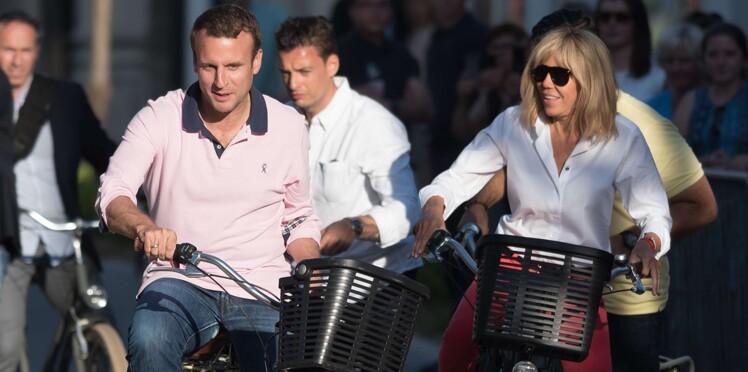 Emmanuel et Brigitte Macron : malgré leurs précautions, leurs photos intimes de vacances publiées