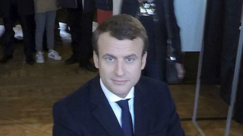Photos - Emmanuel Macron : Brigitte et sa famille au grand complet pour aller voter