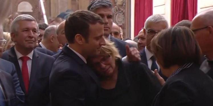 Emmanuel Macron: qui est cette femme qui a éclaté en sanglots dans ses bras ?