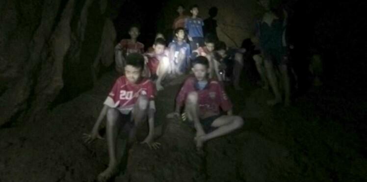 Les enfants retrouvés dans la grotte en Thaïlande pourront-ils sortir ?