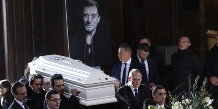 Enterrement de Johnny Hallyday : tout ce qu'il faut savoir de la cérémonie à Saint-Barthélémy